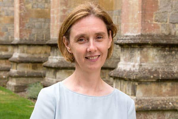 Master: Louise Moelwyn-Hughes